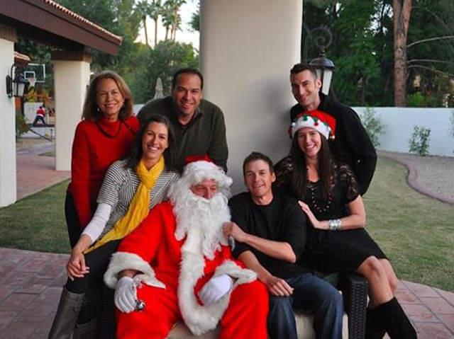 Peter Rizzo as Santa